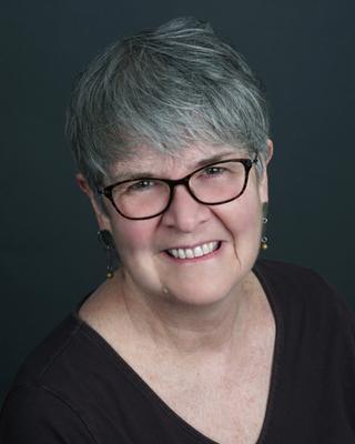 Susanne Wilson | Officiant